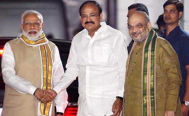 For Vice President, BJP Picks Venkaiah Naidu vs Gopalkrishna Gandhi